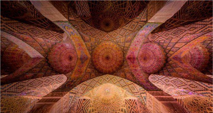 سقف مسجد نصیرالملک