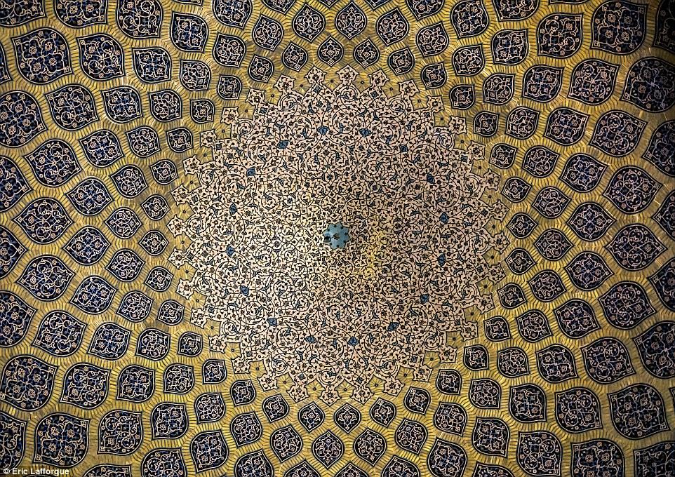 سقف مسجد شیخ لطف الله اصفهان
