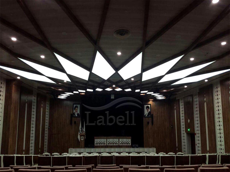 سقف کشسان لابل در سالن اجتماعات حوزه علمیه مشهد