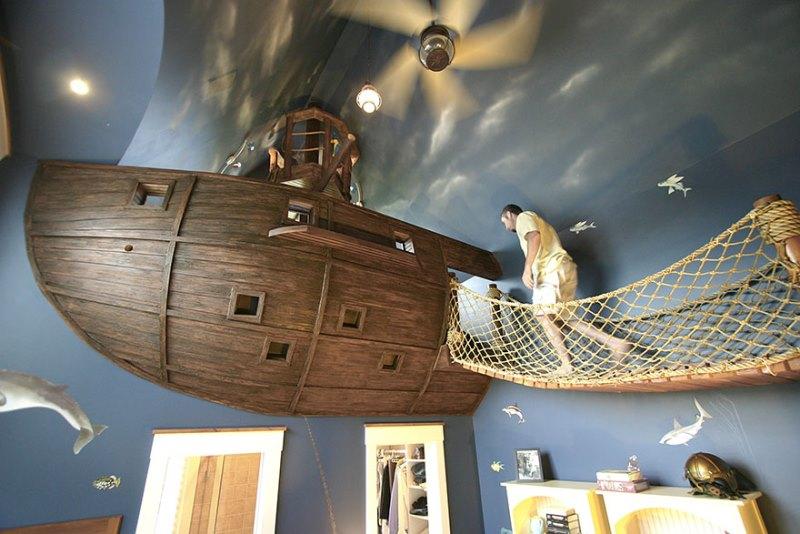 تخت خوابی شبیه به کشتی دزدان دریایی