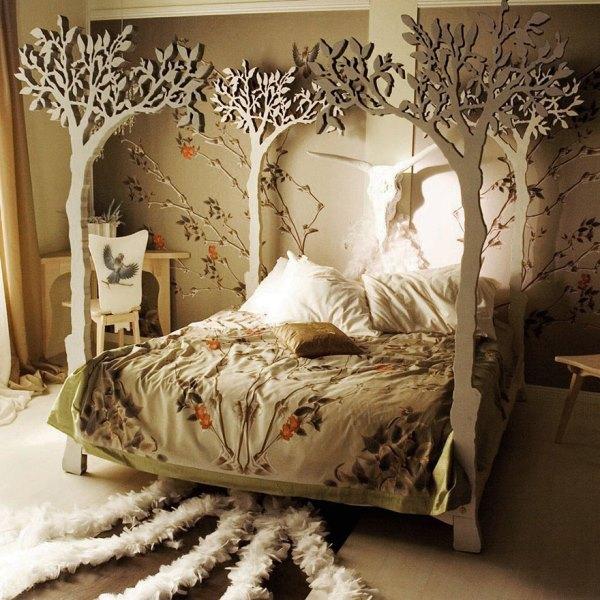 خوابی خوش زیر درختان سیب