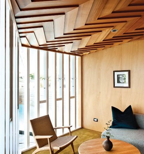 سقف چوبی منزل