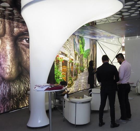 سقف نمایشگاه قابلیت های نامحدود سقف کشسان حجمی